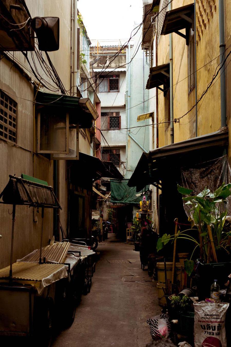 Eine Gasse in Chinatown, Bangkok, Thailand
