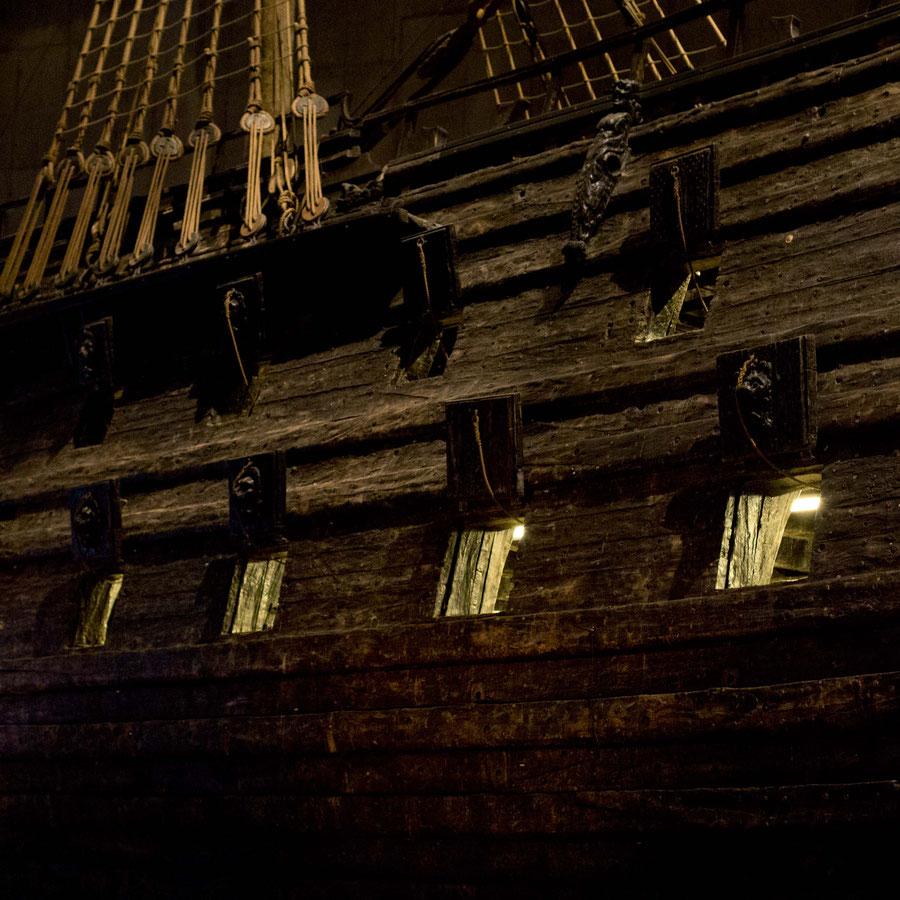 Die Kanonenlucken der Vasa, Vasamuseum, Stockholm, Schweden