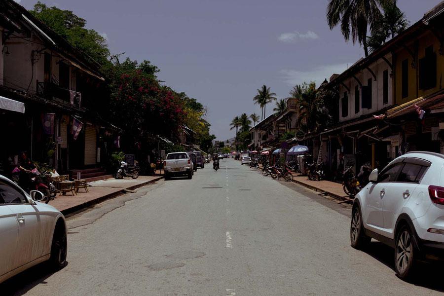 Die Hauptstraße von Luang Prabang, Laos