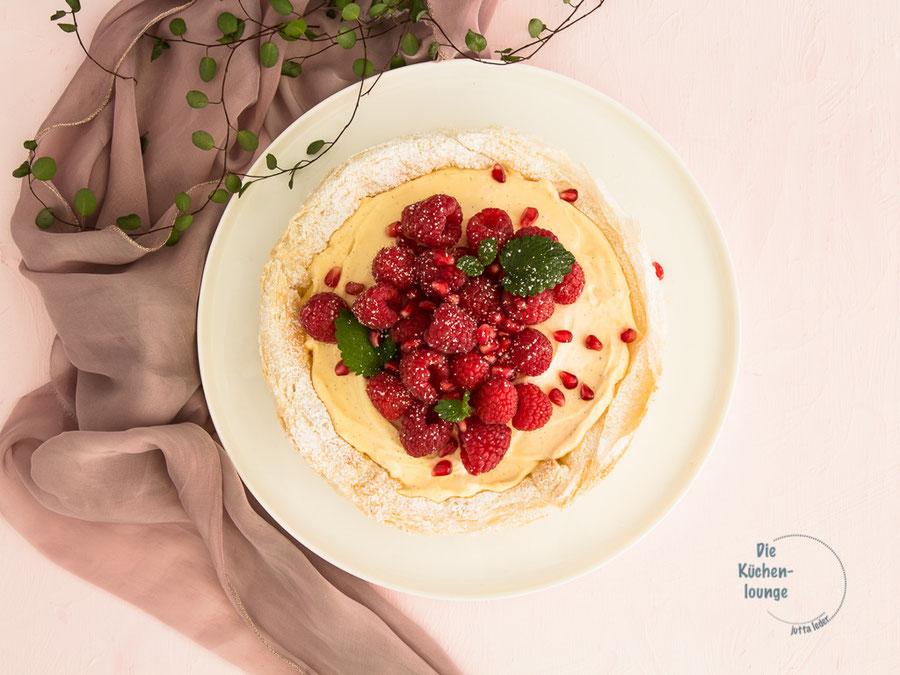 Mascarponetörtchen mit Himbeeren & Granatapfelkernen
