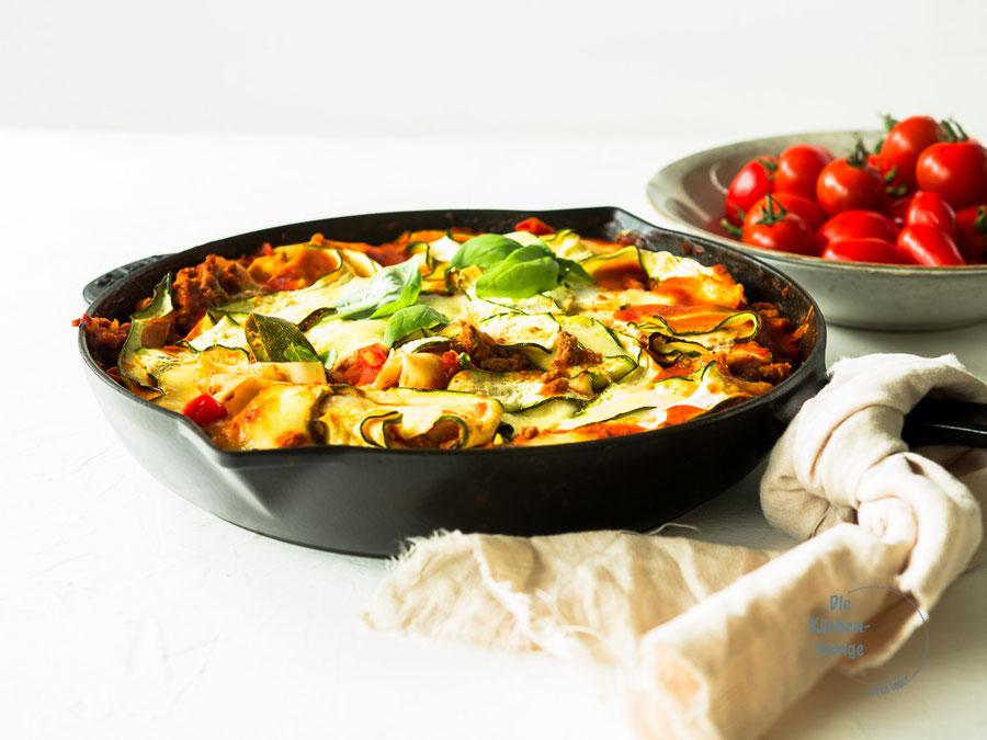 Schnelle Zucchini-Bolognese-Lasagne