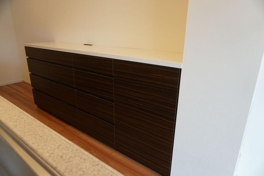 キッチン収納 カップボード キッチン背面