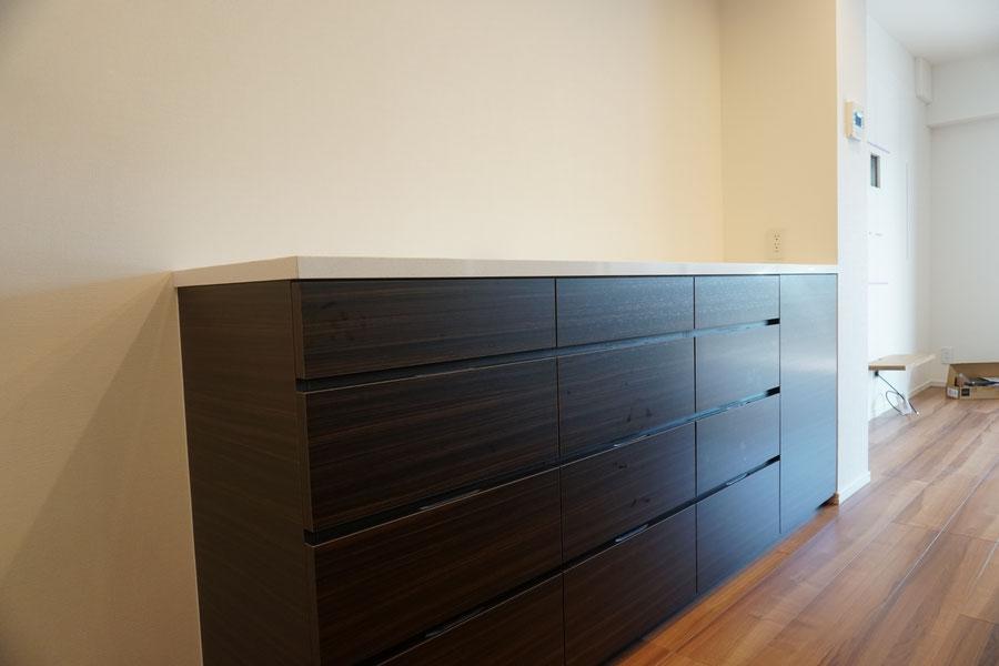 キッチン収納 カップボード 背面収納