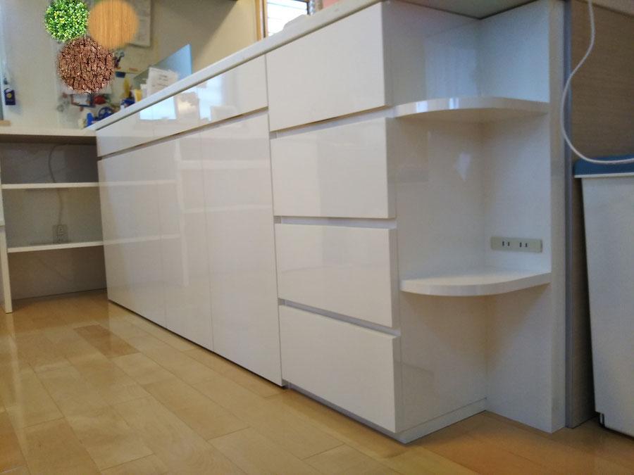 キッチンカウンター下の収納棚 整理整頓