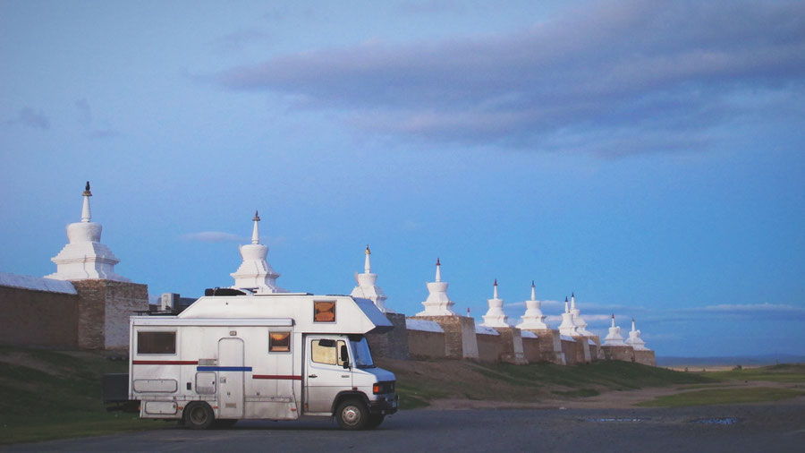 bigousteppes mongolie monastere temple camion mercedes