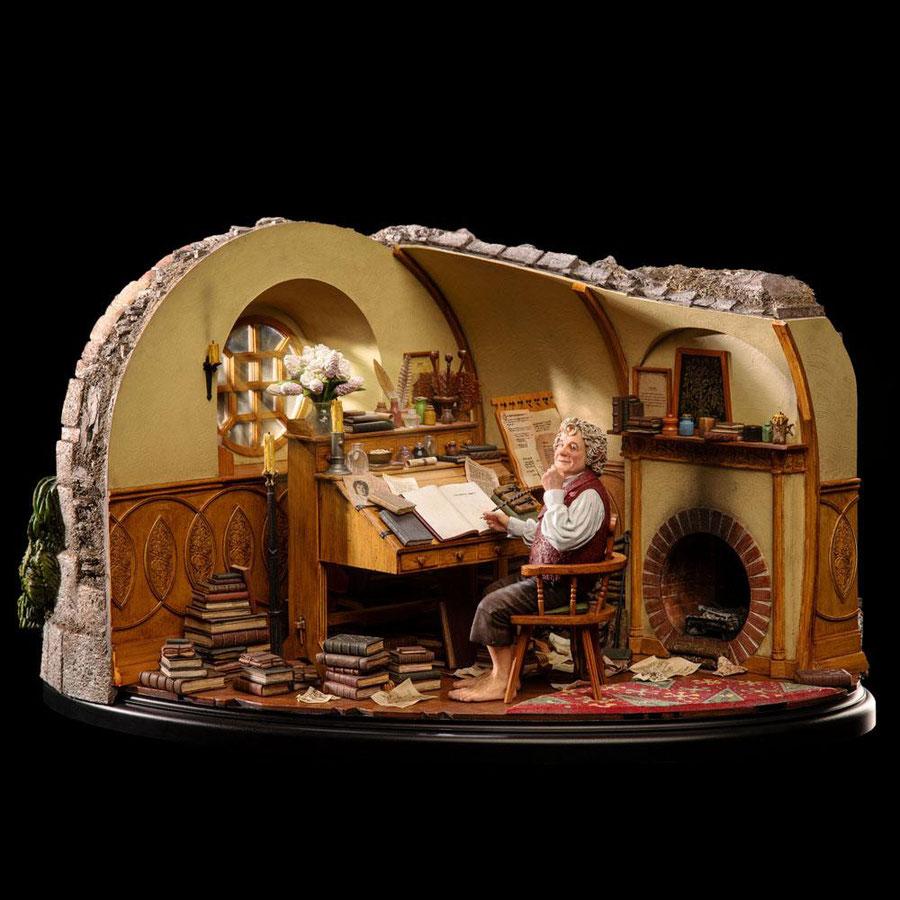 Bilbo Baggins in Bag End 1/6 Der Herr der Ringe Statue 52x29x36cm Weta