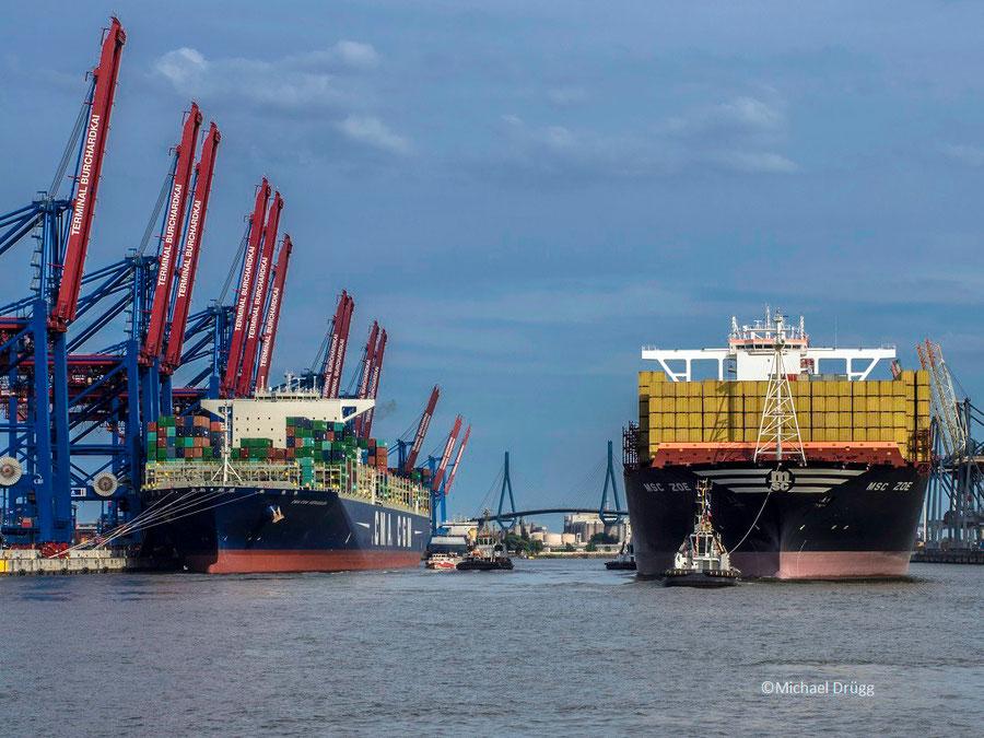MSC Zoe und CMA-CGM Kaergulen im Waltershofer Hafen