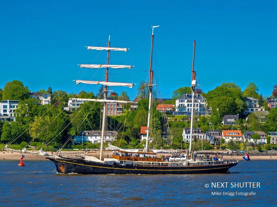 Segelschiff Golden Leuw