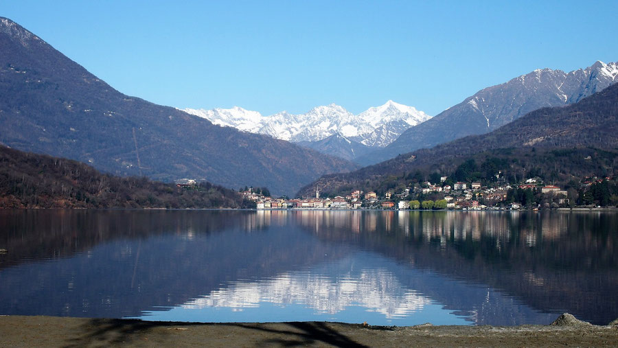 Lago di Mergozzo wolf-78 camping 4x4 offroad Jeep Grand Cherokee WH WK overland expedition offroad