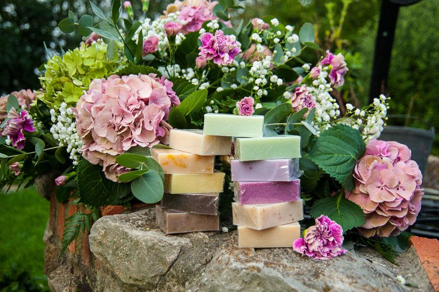 cosmética natural ecológica-Jabones naturales y artesanos