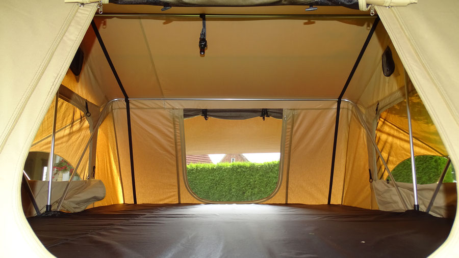 Faltcaravan, Campinganhänger, Zeltanhänger, Autodachzelt, Dachzelt, Campingtrailer, FreeBird-Trailer, MGO, Montegrosso Outdoor