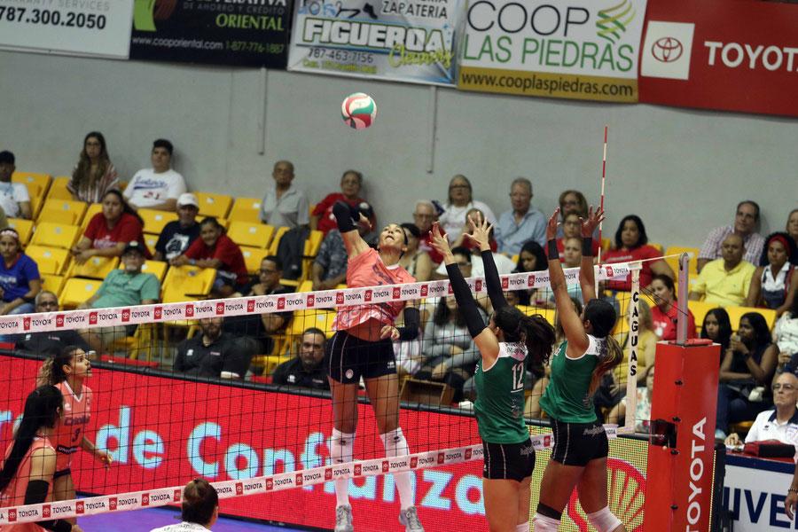 Por las Criollas, Karina Ocasio brilló con 23 puntos / foto por Heriberto Rosario Rosa