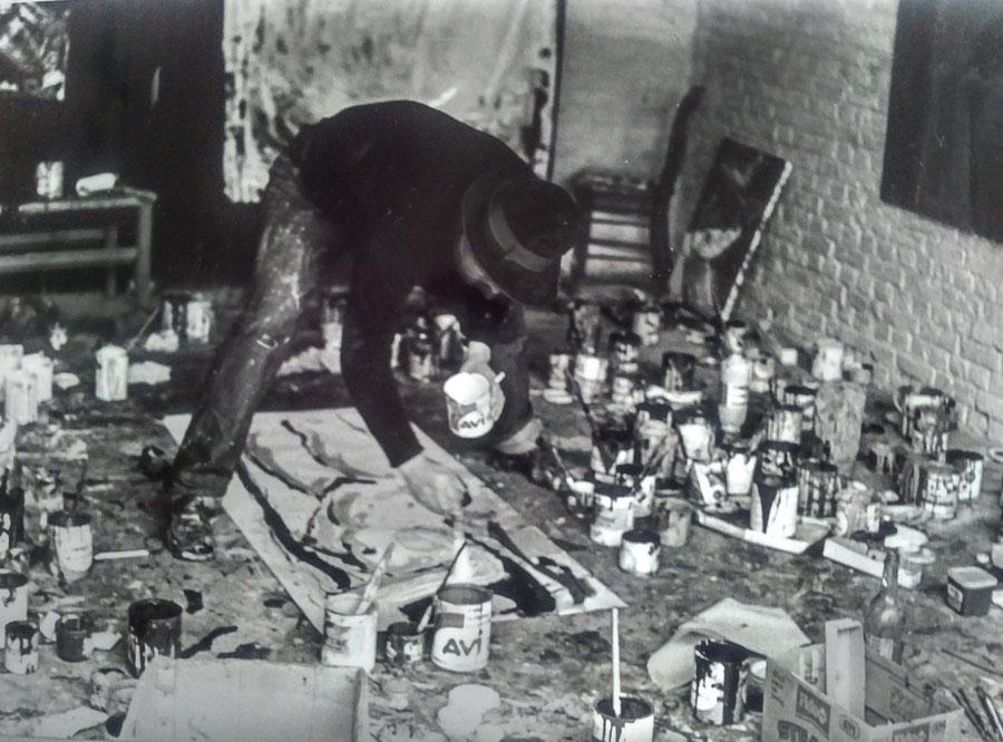 Marc Stockman in his studio (Couvron,1980)