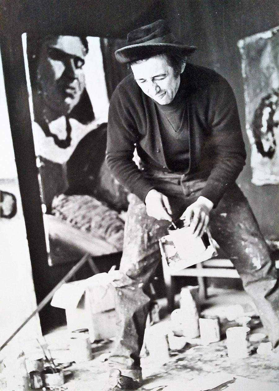 Marc Stockman in his studio (Couvron, 1980)