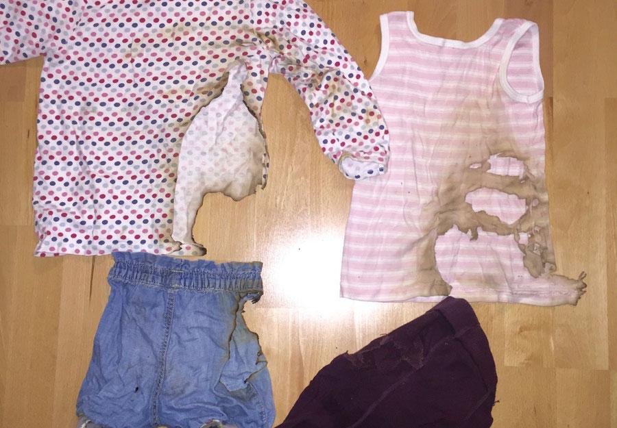 Die verbrannte Kleidung unserer Tochter