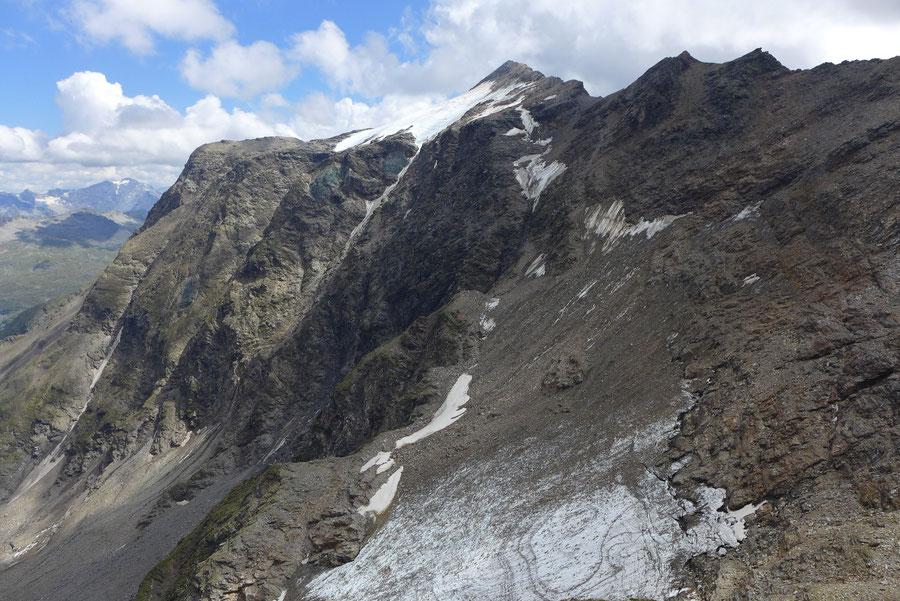 JWD Bergtouren Goldberggruppe Schareckgipfel in der Sicht vom Pröllweg