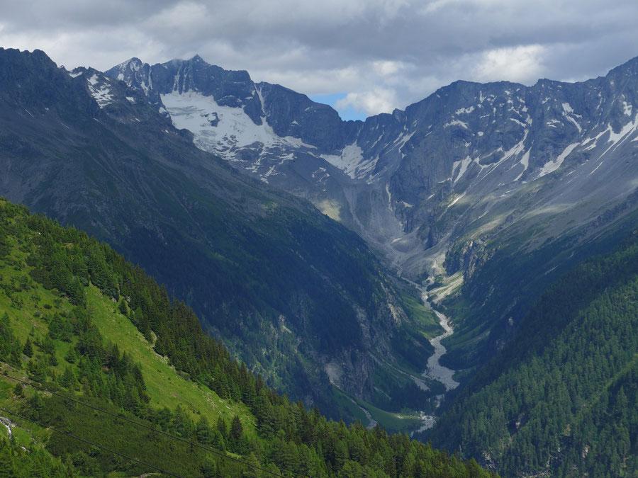 JWD Bergtouren Ankogelgruppe Hochalmspitze und Schneewinkelspitze über dem Seebachtal