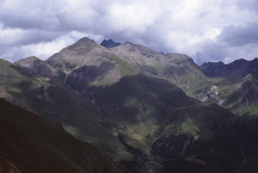 Pfunderer Höhenweg - Simile Mahd Alm aus Sicht des Höllenkragens - Wanderung, Pfunderer Berge, Südtirol