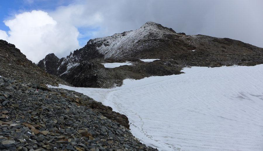 Petzeck Normalweg - Gletscherrest unter dem Gipfel - Bergtour, Wangenitzseehütte, Schobergruppe