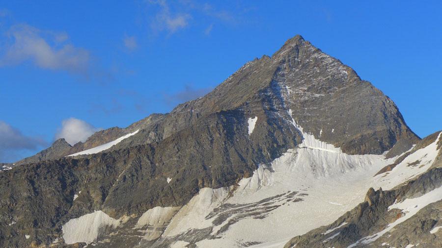 Nördliche Malhamspitze - Bergtour, Ostgrat, Essener-Rostocker-Hütte - Aus Sicht der Dellacher Keesflecken
