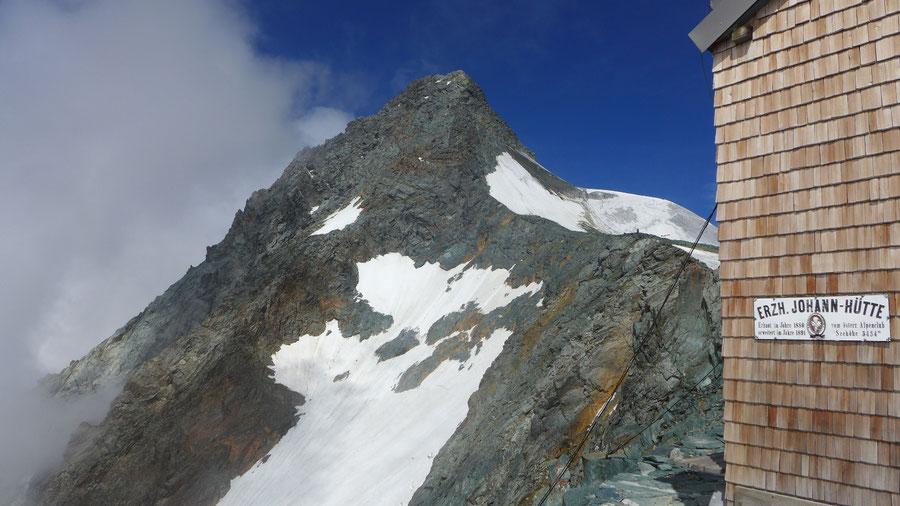 Großglockner Normalweg - Erzherzog-Johann-Hütte, Blick zum Glocknerleitl - Bergtour, Weg der Erstbesteiger