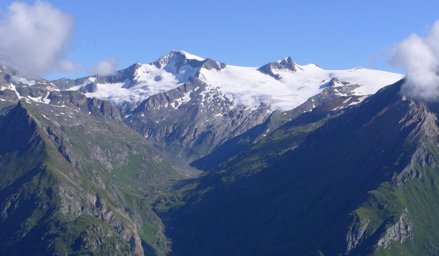 Großvenediger - Bergtour, Kürsinger Hütte - Südseite mit Dorfertal von Toinigspitze