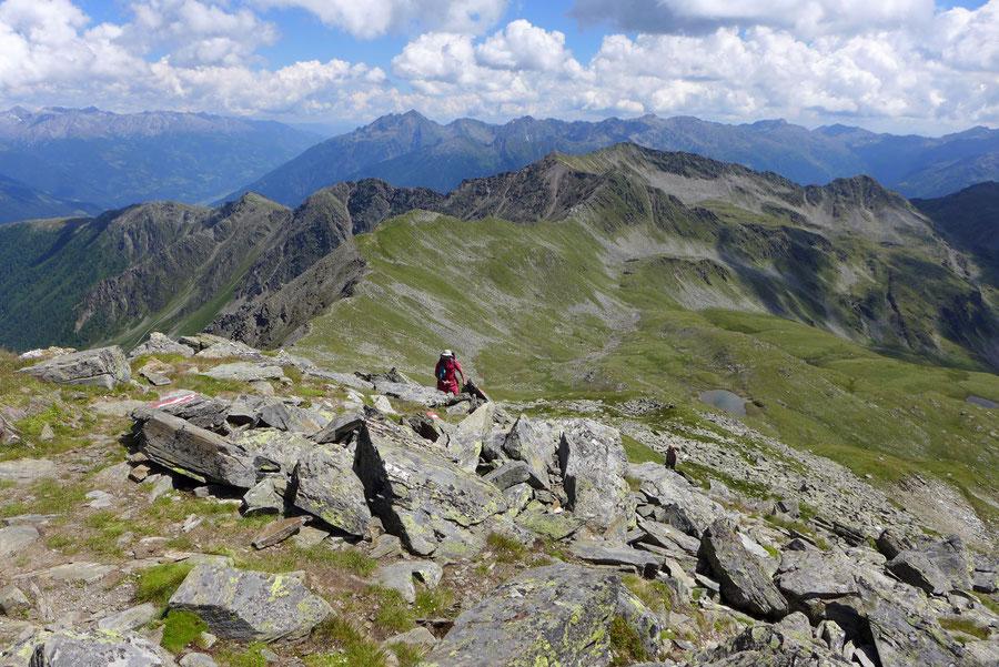 Hoher Sadnig - Gipfel, Blick zur Kreuzeckgruppe - Bergtour, Fraganter Hütte, Sadnighaus, Sadnigscharte