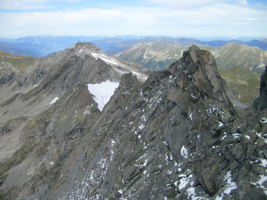 Rosswandspitze - Gipfel Ausblick zum Grundschartner - Bergtour, Zillertaler Alpen, Tirol