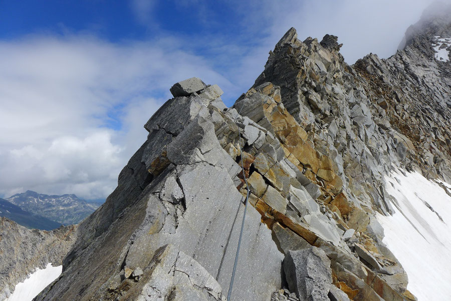 Hochalmspitze - Detmolder Grat Sicherungen -  Bergtour, Steinerne Mandln, Gießener Hütte