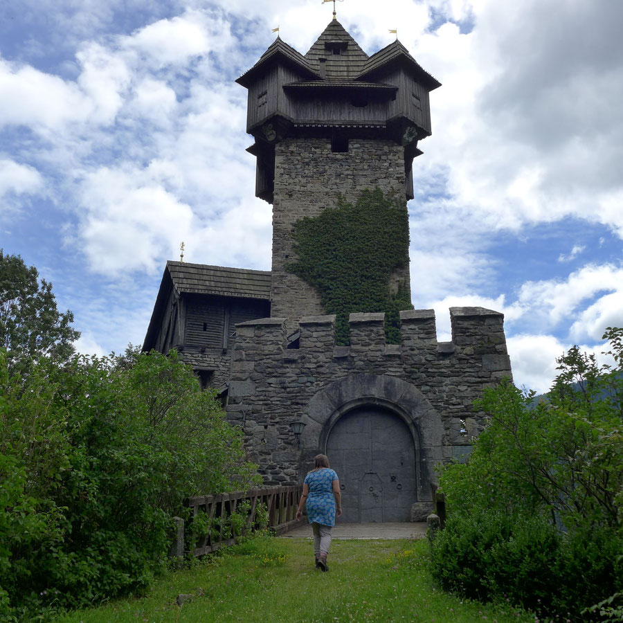 Burg Falkenstein - Eingang - Wanderung, Obervellach, Mölltal, Kärnten