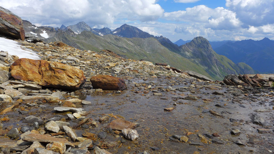 Östliche Simonyspitze - Dellacher Keesflecke, rostfarbene Felsen - Bergtour, Essener-Rostocker-Hütte, Osttirol