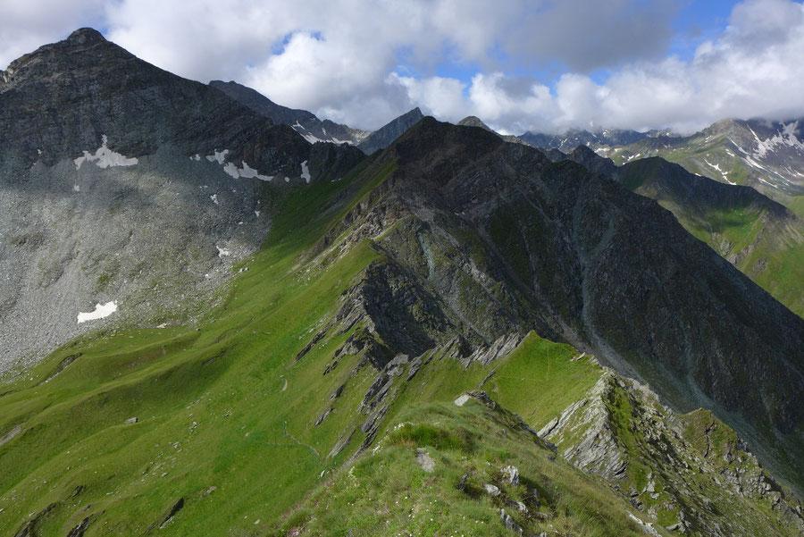 JWD Bergtouren Toinigspitze Südwestgrat Tiefblick
