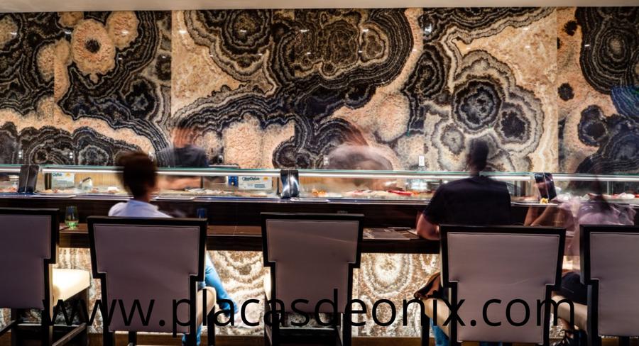 placas de onix, placas de onix libro abierto, placas de onix efecto mariposa, placa de onix espejeada, bar de onix, restaurant de onix, barra de onix, bar con barra de onix