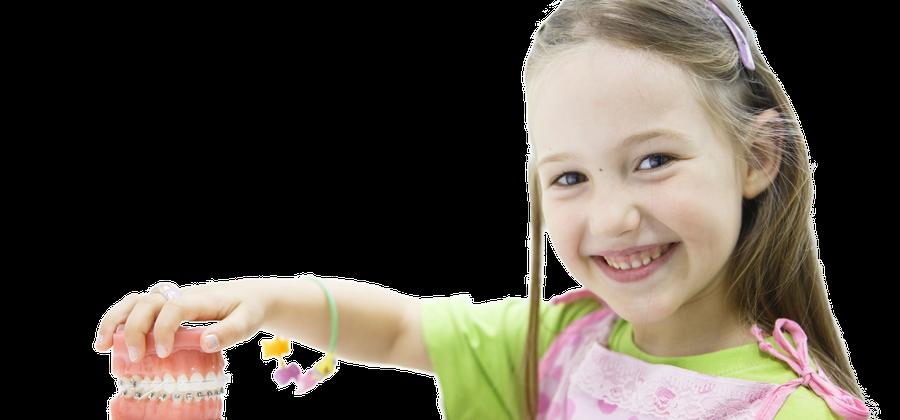 Kinderzähne brauchen behutsame Pflege, damit sich keine Zahnarztangst entwickelt.