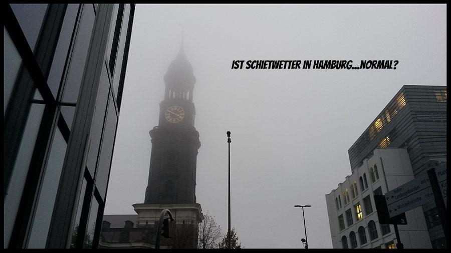 Hamburg Michel Schietwetter Nebel