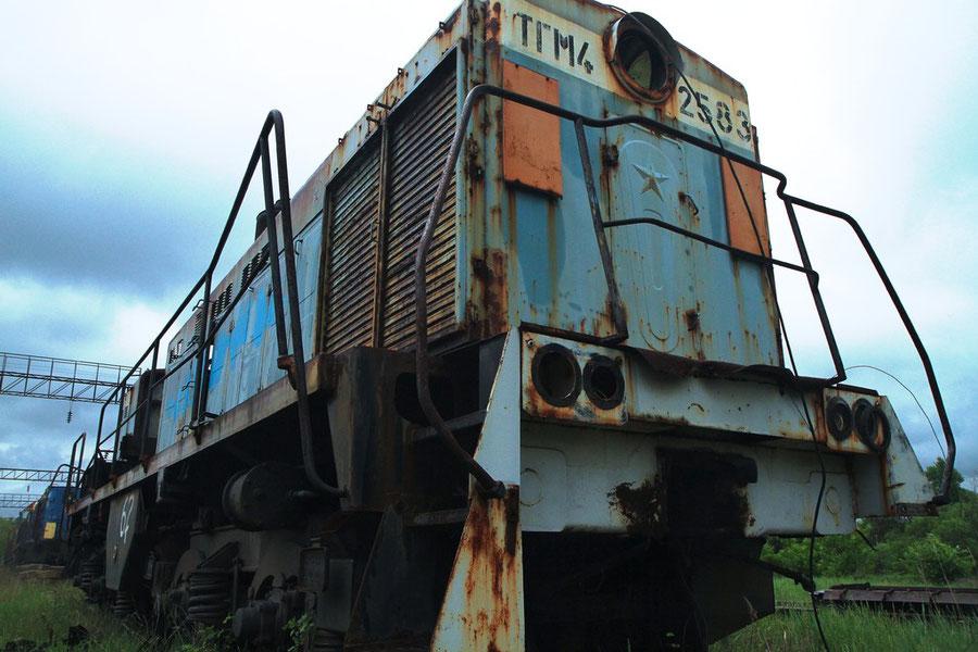 "Alte Diesellok (""Taiga-Trommel"")"