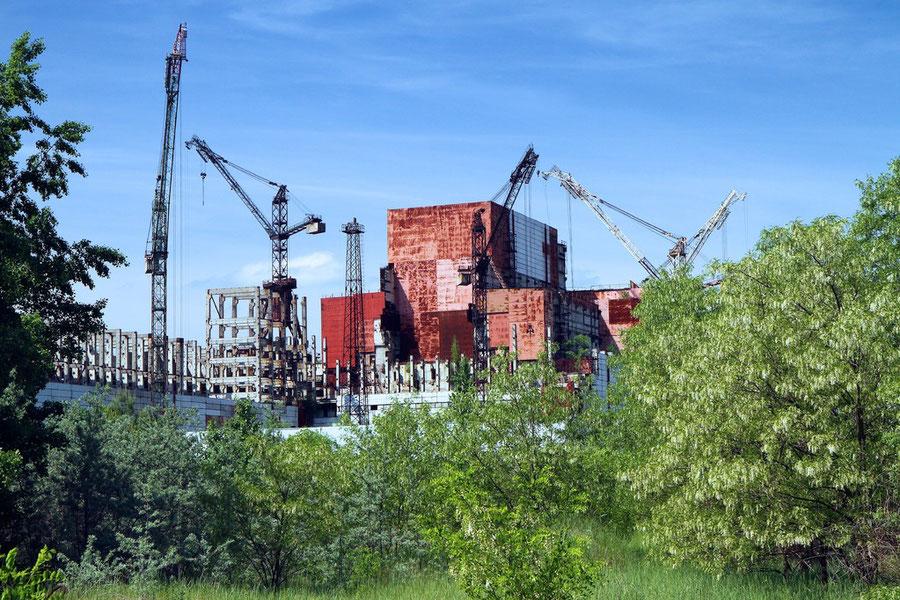 Bauruine der unvollständigen Reaktoren Nr. 5 und 6
