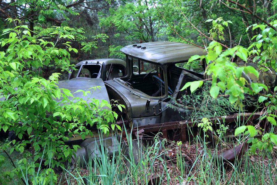 Friedhof der kontaminierten Nutzfahrzeuge