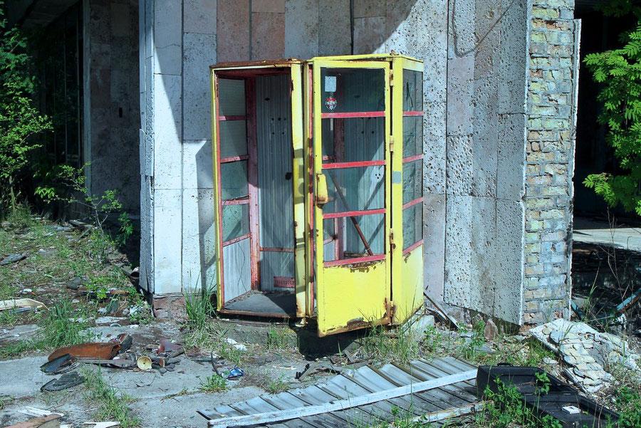 Seit 25 Jahren nicht mehr benutzte Telefonzelle