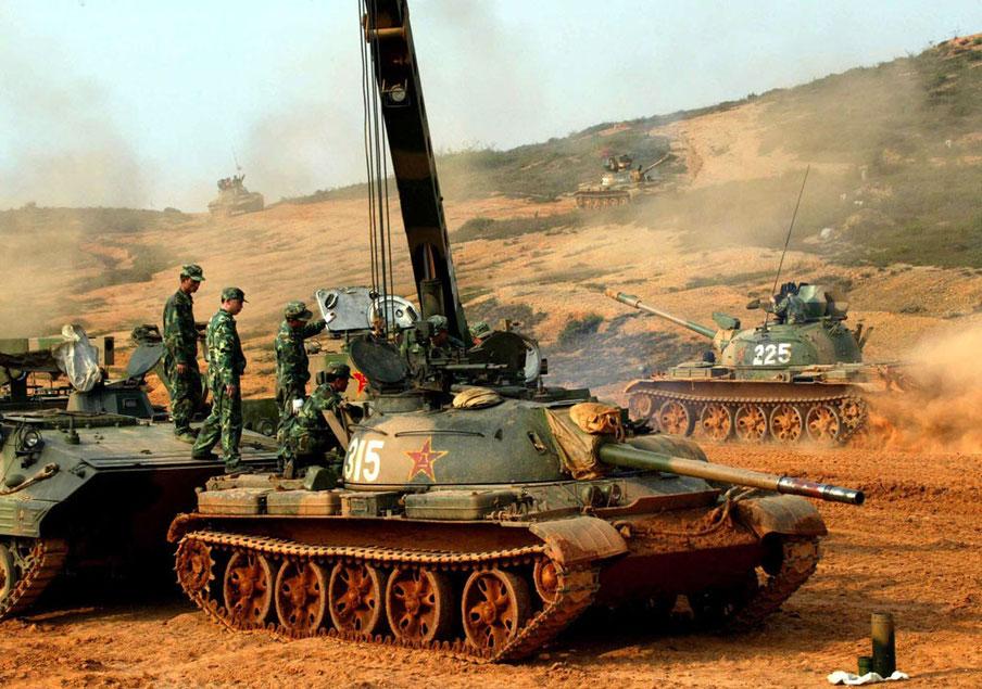 Le char nécessite pas mal du mise au point, dû au tâtonnement des dimensions des organes mécaniques