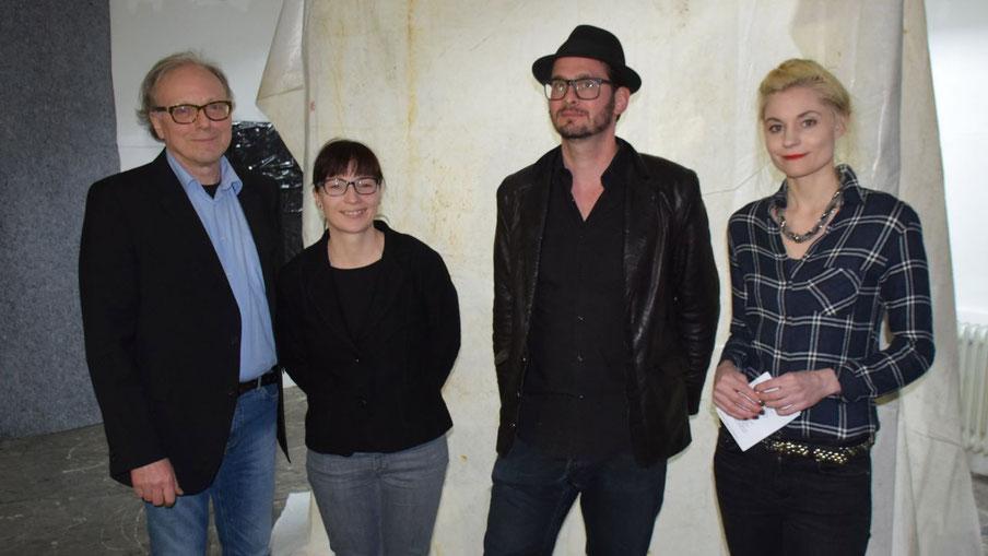 Edwin Zaft, Romy Rölicke, Arne Lösekann und Anne Simone Krüger  freuten sich über die große Resonanz bei der Eröffnung der Installation