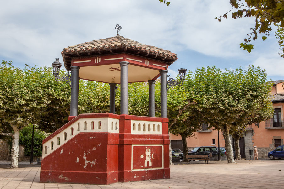 Kiosque, Plaza mayor, Lumbier, Navarra