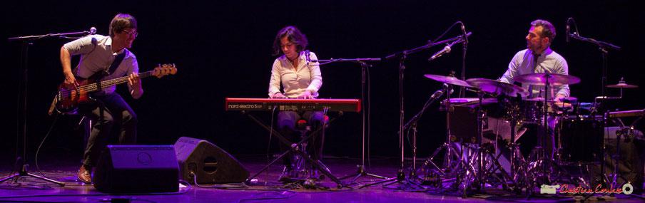 Akoda Trio : Benjamin Pellier, Valérie Chane-Tef, Franck Leymerégie. Soirée Cabaret JAZZ360 2018, salle culturelle de Cénac, samedi 17 mars 2018