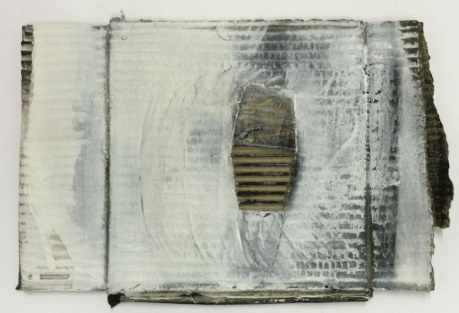vielschichtig            -             Acryl und Tusche auf Wellpappe    -   25 cm x 32 cm