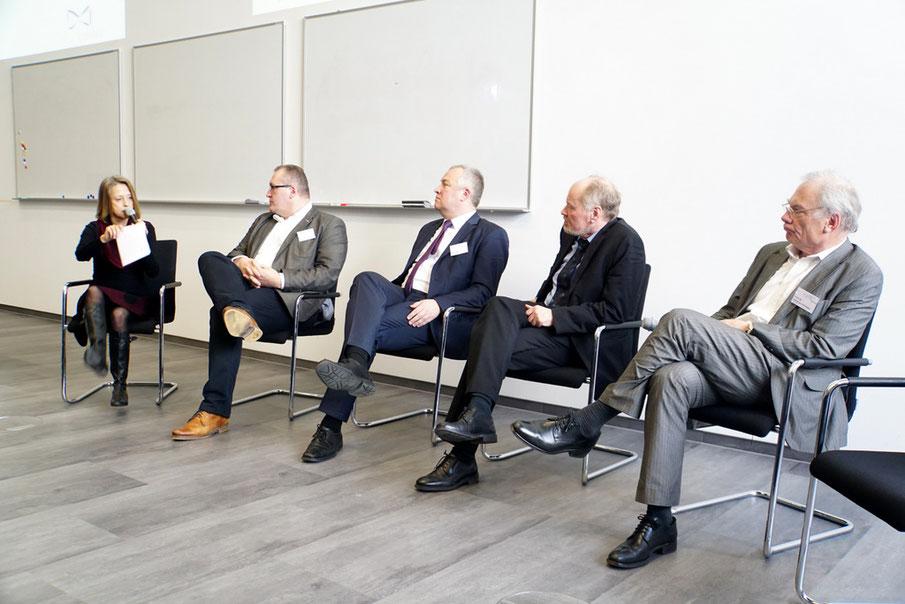 v.l.n.r: Gisela Steinhauer, Markus Böddecker, Peer Köpf, Dr. Wulf-Dietrich Leber, Prof. Dr. Matthias Schrappe