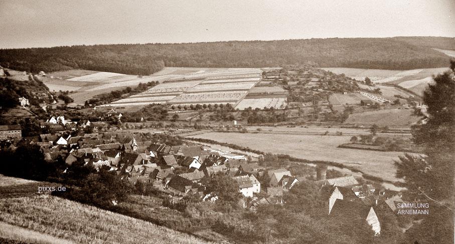 Eine frühe Fotografie des Ortes Helmarshausen, um 1900 oder früher (Fotograf unbekannt)