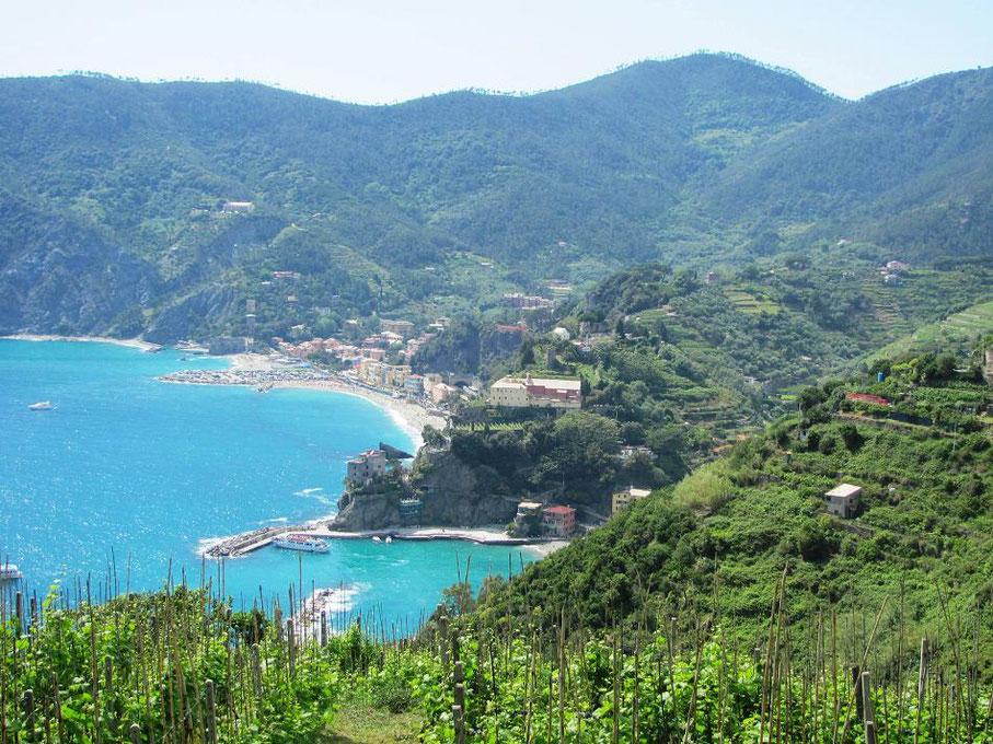 Monterosso au loin
