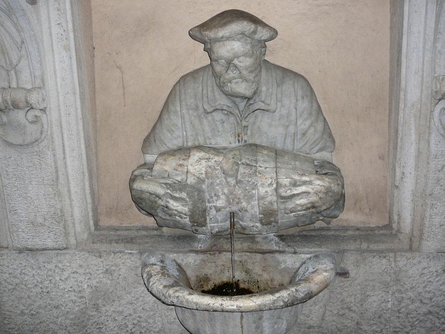 Fontana del Facchino (porteur d'eau) sur la Via Lata, pas très loin du Panthéon