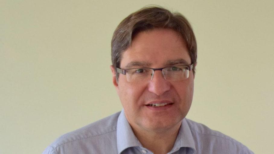 Bürgermeister Thomas Köppl wies in der Diskussion auf die Verzögerungen beim Straßenausbau hin (Foto: Archiv)