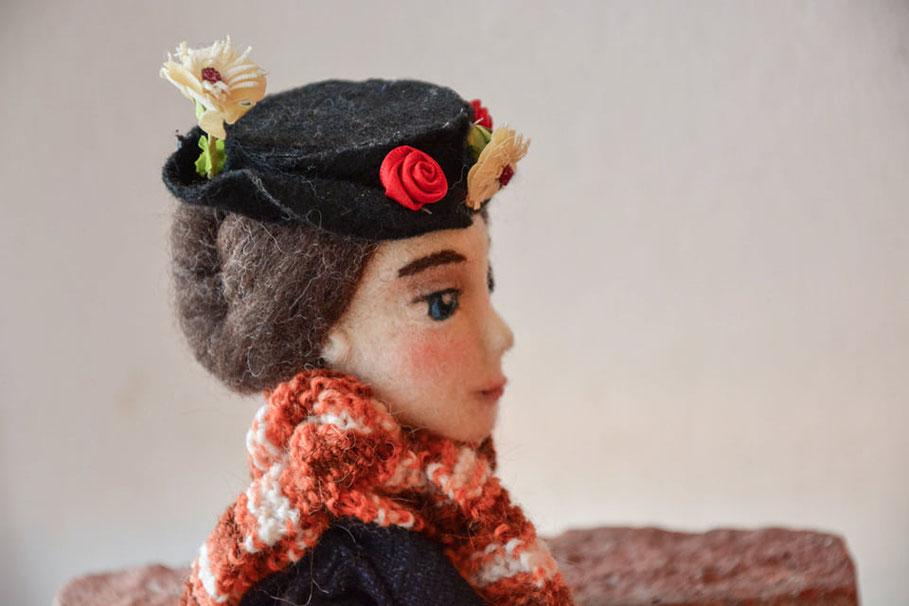 La mia bambola di feltro ispirata a mary Poppins